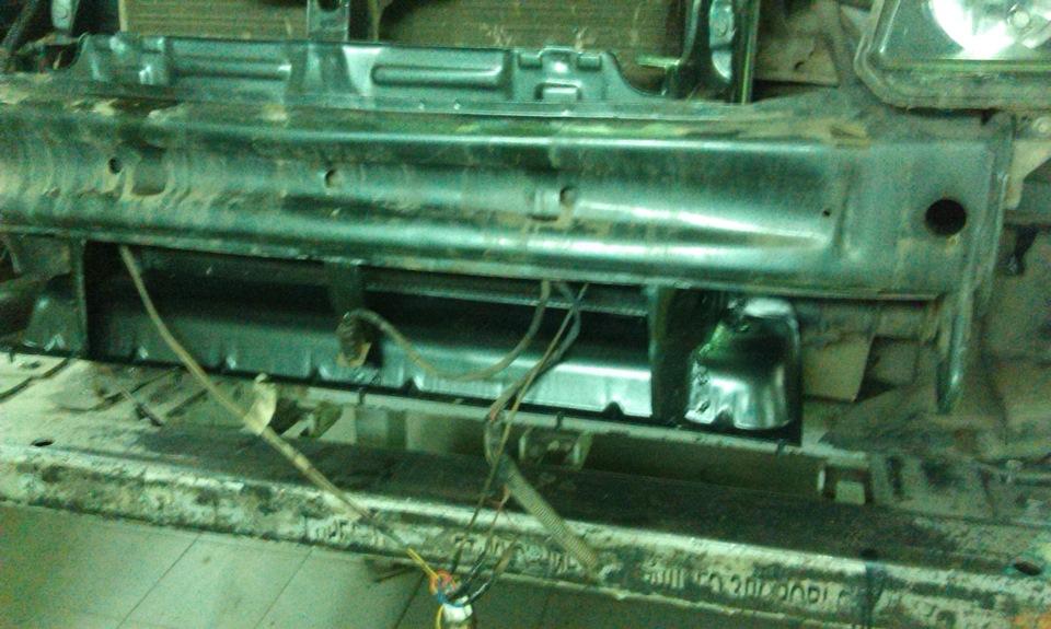 Как заменить рамку радиатора приора