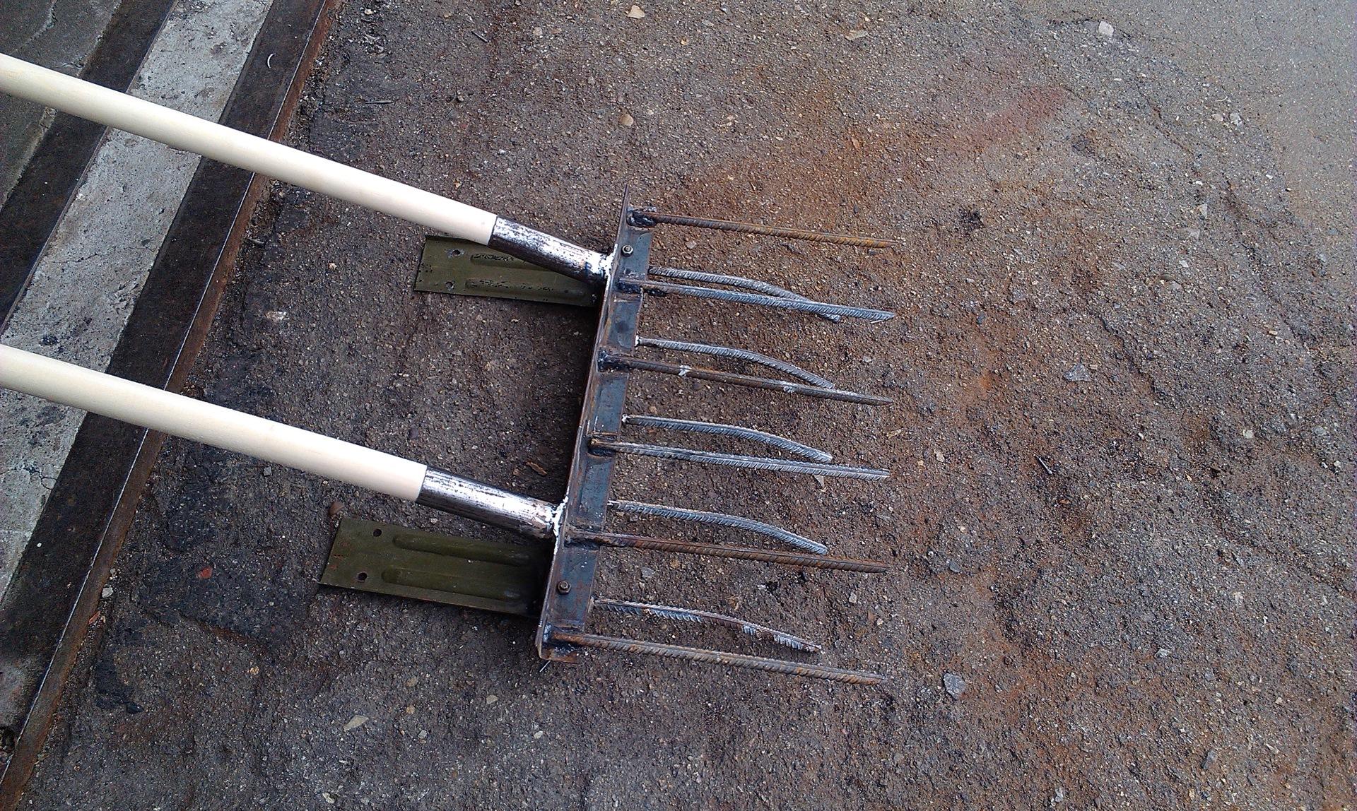 Из чего сделать чудо лопату своими руками