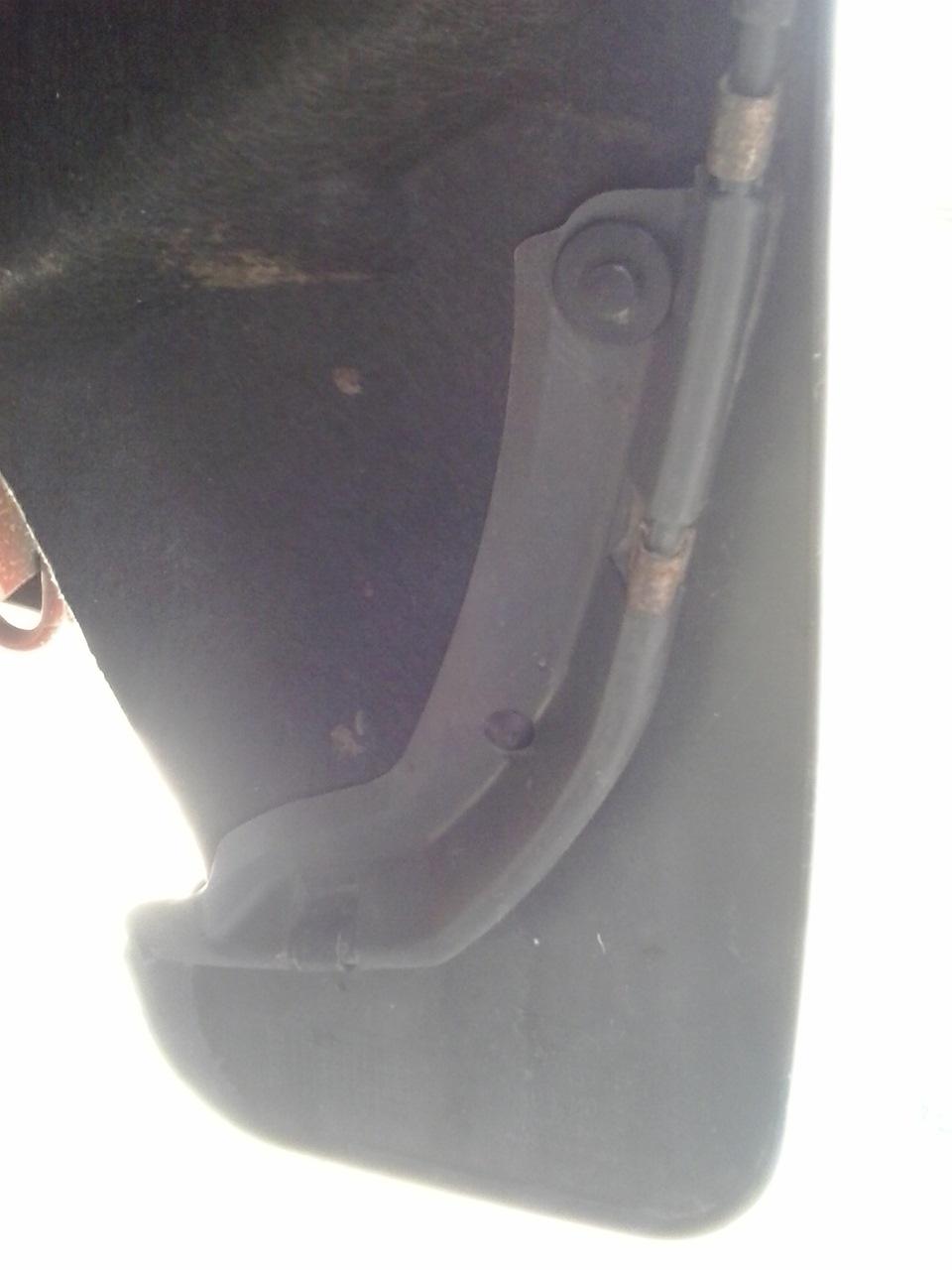 Клипса крепления переднего брызговика форд фьюжн
