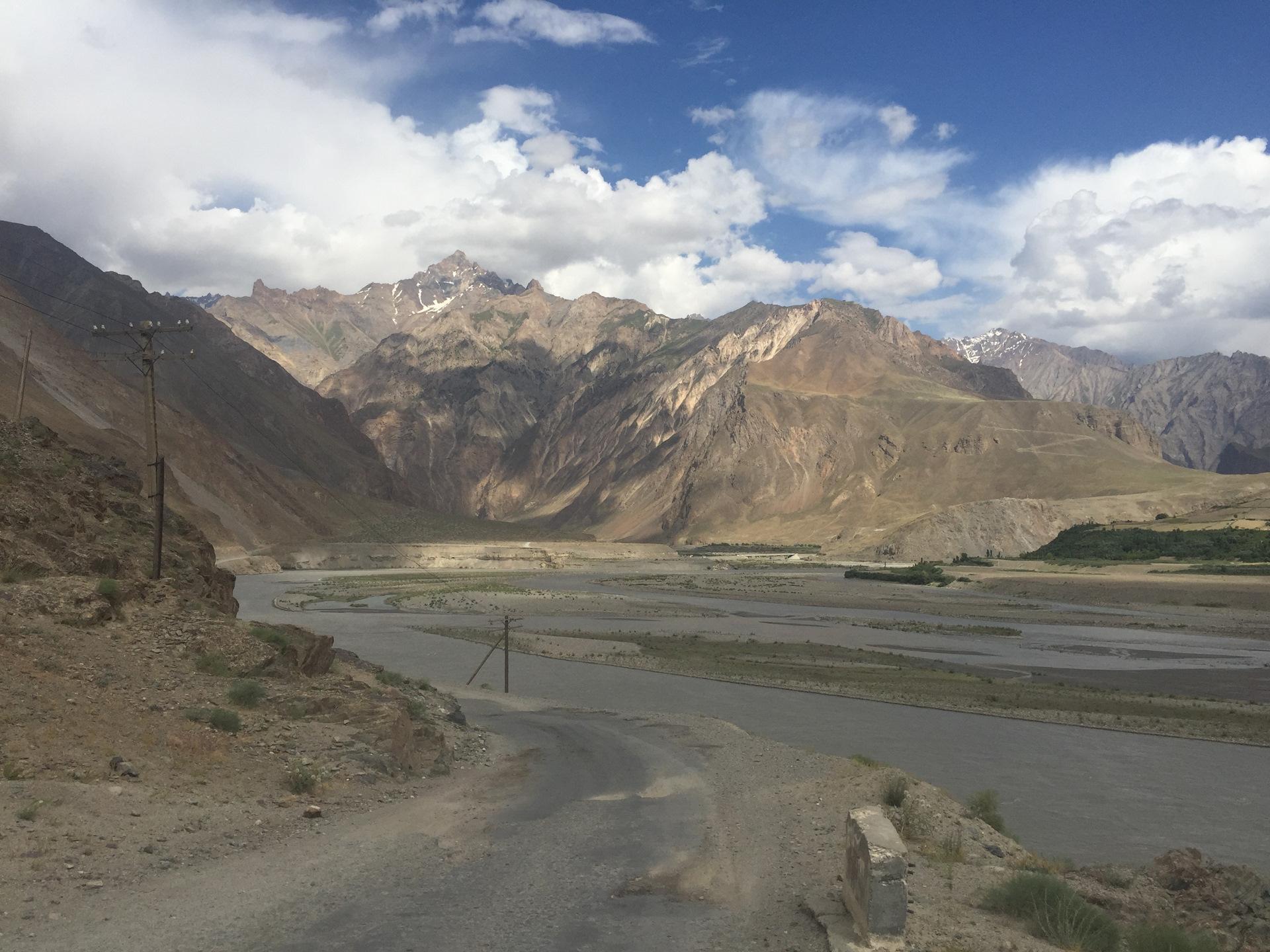фото город пяндж таджикистан странный сон