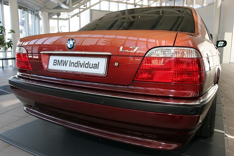 Bmw E38 By Karl Lagerfeld Drive2