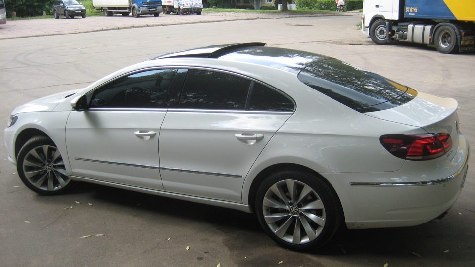 528021 on 2012 vw passat b6