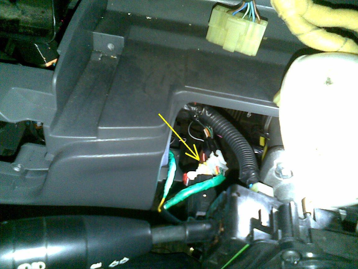 куда подсоединить желтый провод от авто магнитолы. возмещение с виновника дтп доплаты до заработной платы.