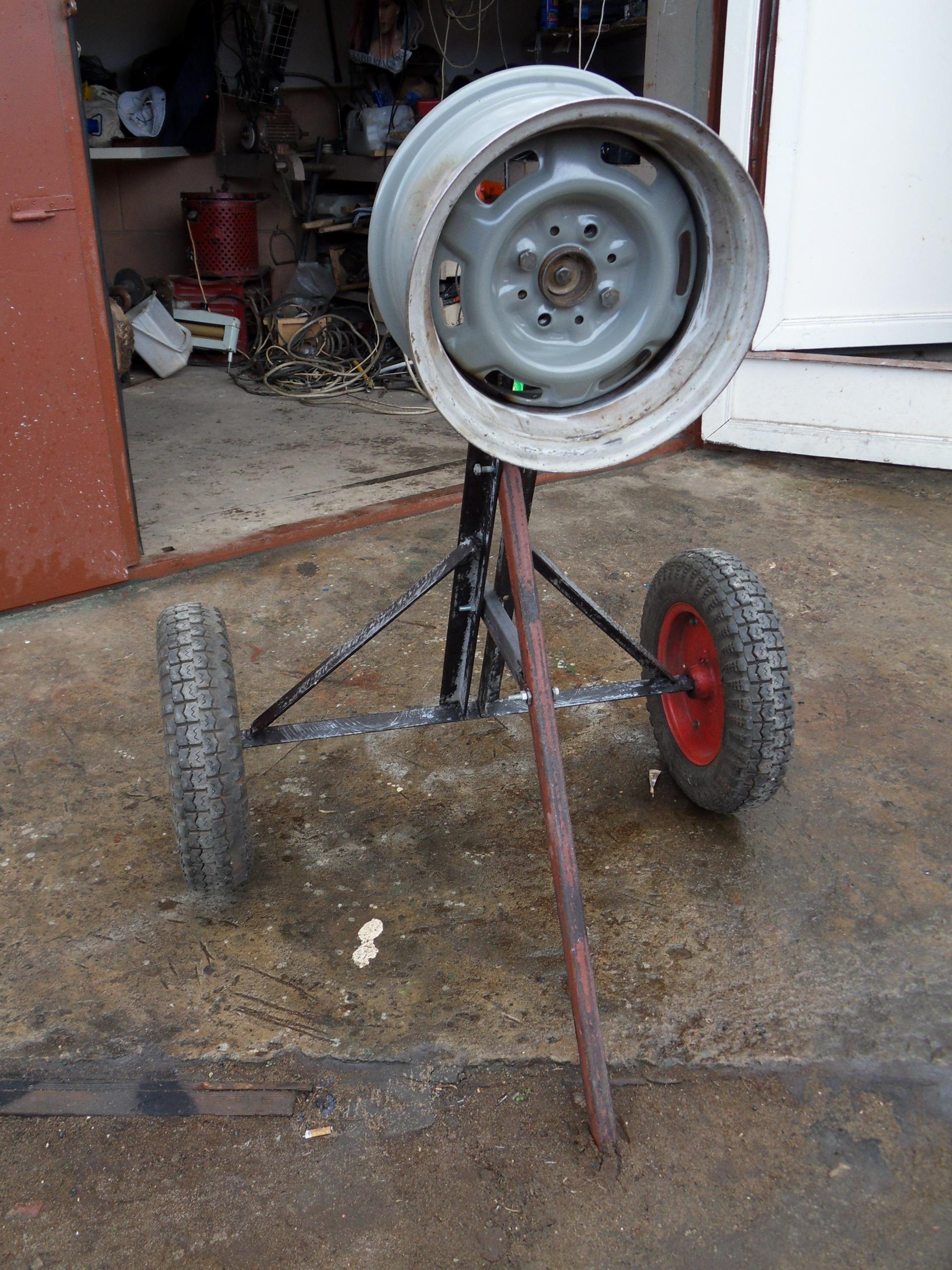 Стенды для окраски колесных дисков гидроизоляция потолка изнутри квартиры