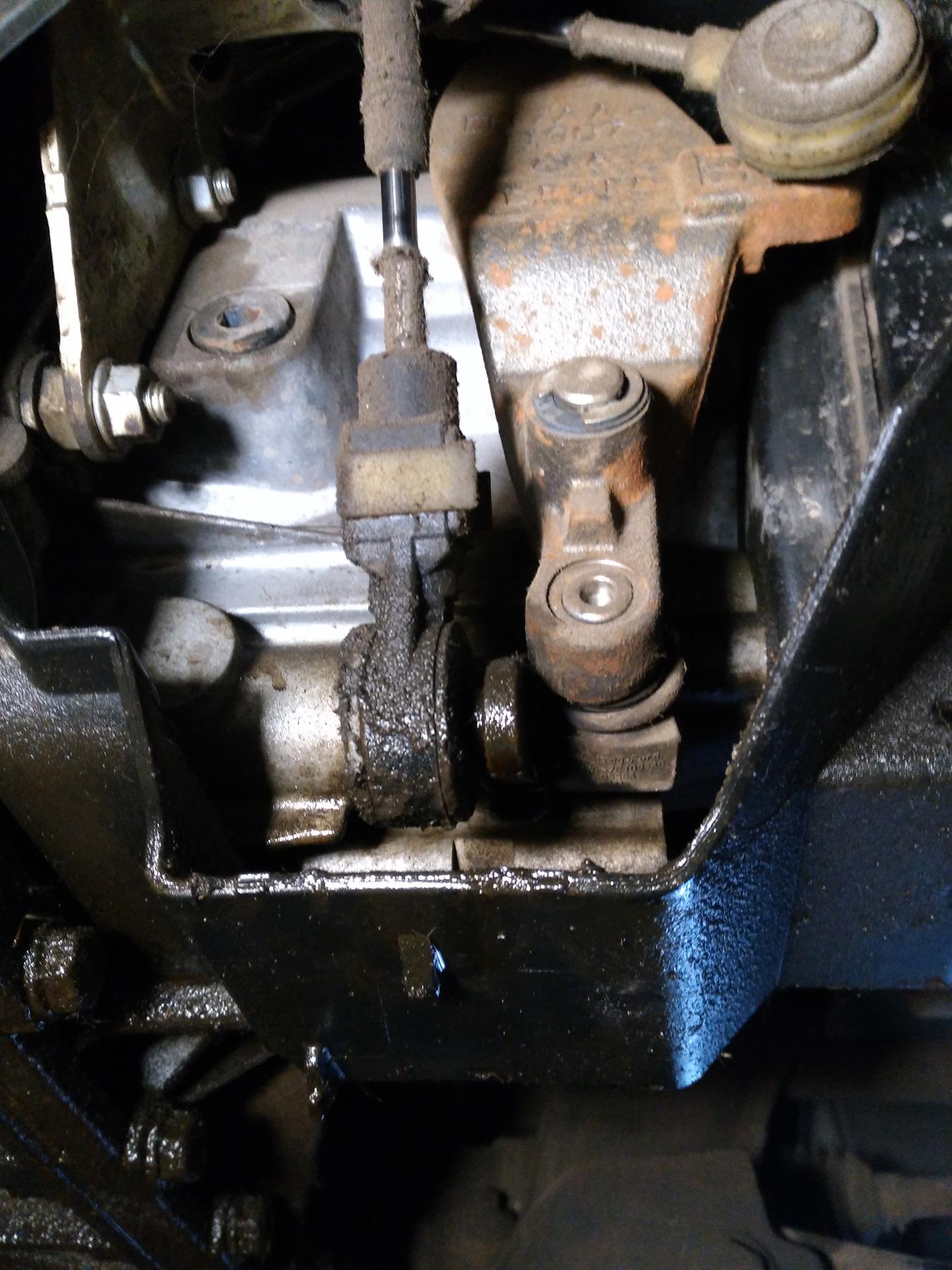 Замена сальника выбора передач форд мондео Замена катушки зажигания bmw f10