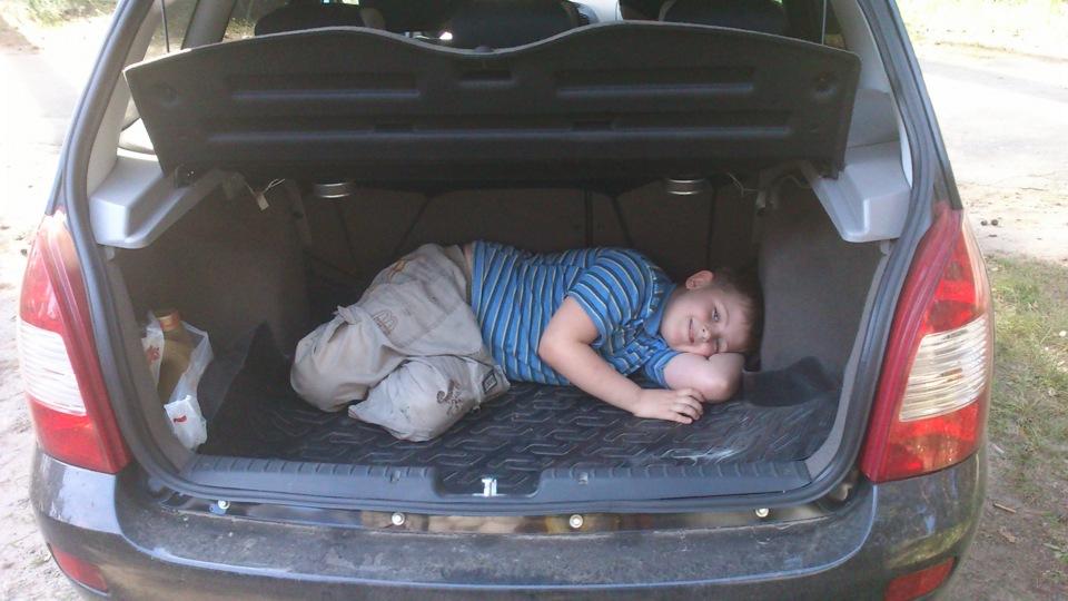 калина универсал багажник фото