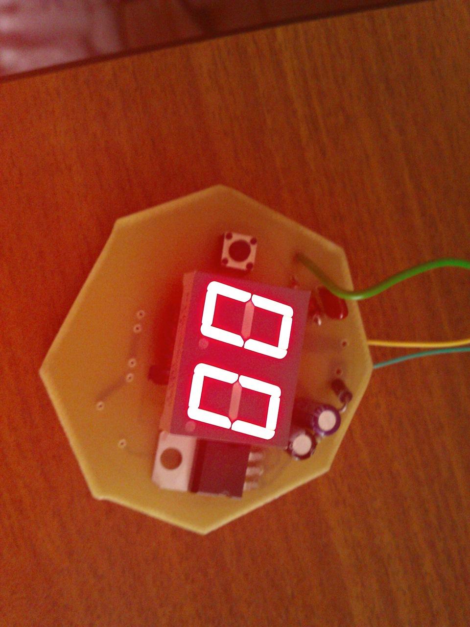 Электронный измеритель топлива своими руками