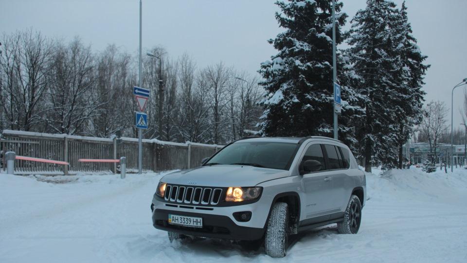 1735955991c5 Jeep Compass 2011, 170 л. с. — отзыв владельца