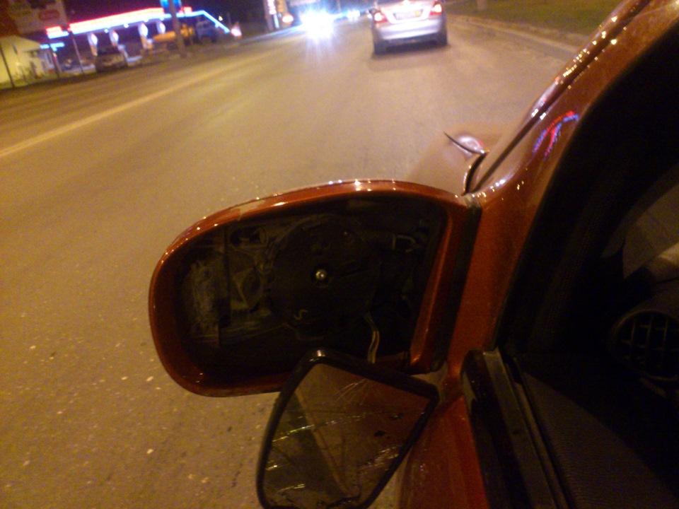 замена повторителя поворота в зеркале на мерседес gl