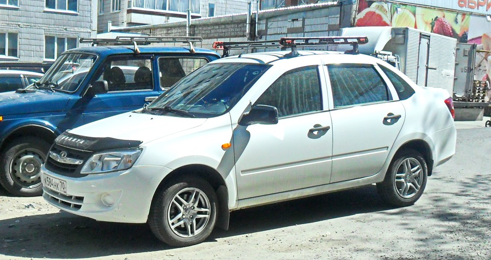 Багажник на крышу автомобиля на гранту 5