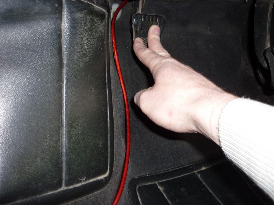 Фото №1 - регулировка сцепления ВАЗ 2110 своими руками