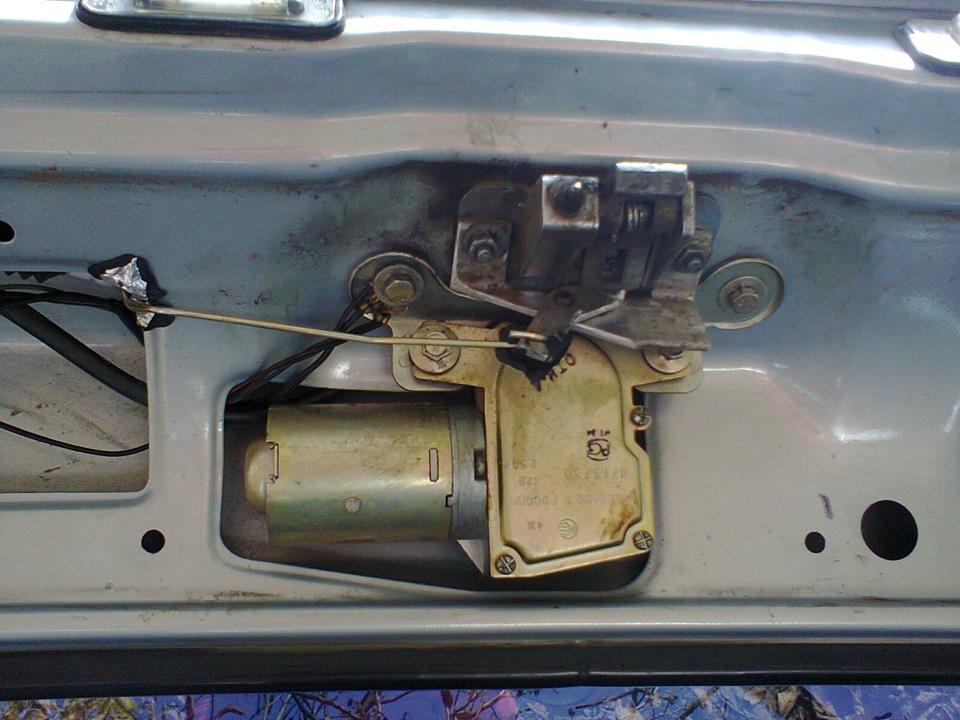 Как сделать чтобы багажник открывался с кнопки на ваз 2114