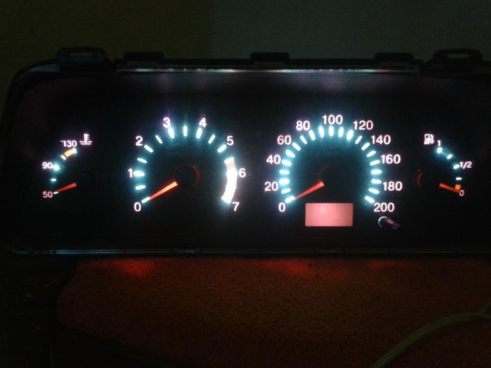 Фото №6 - тюнинг подсветки приборов ВАЗ 2110