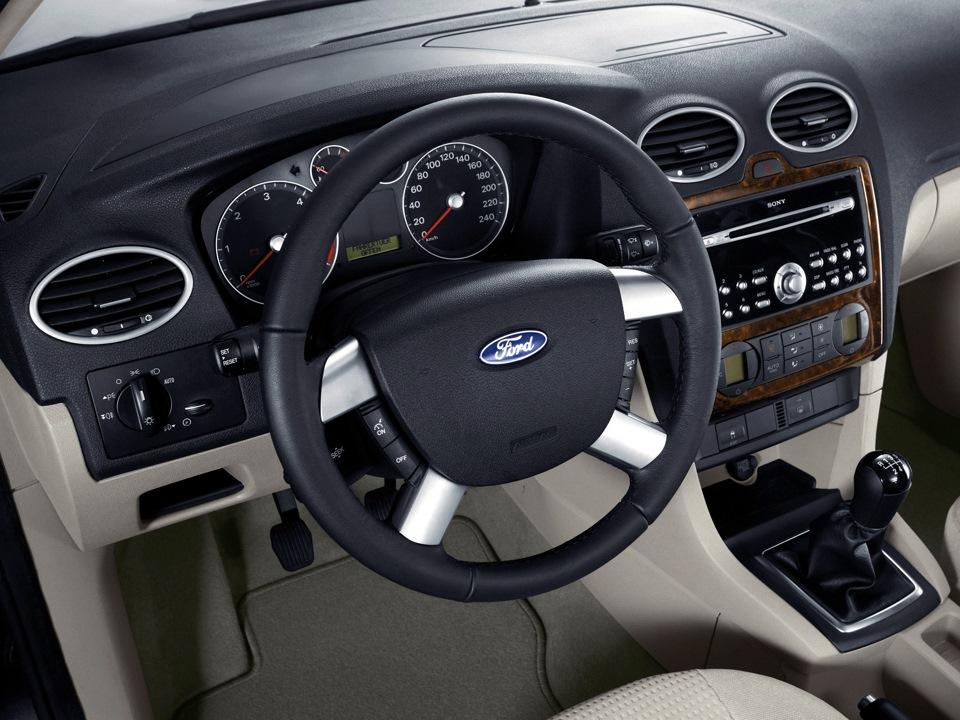 форд фокус 3 хэтчбек комплектация цена фото