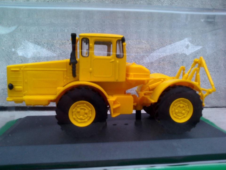 Тракторы и сельхозтехника - Масштабные модели