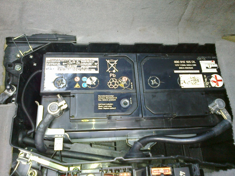 5 check and replace the battery logbook volkswagen touareg 2004 on drive2. Black Bedroom Furniture Sets. Home Design Ideas