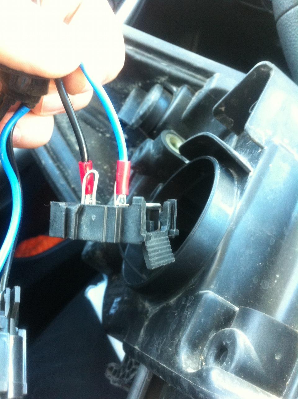 Как выбрать и установить ксенон на Форд Фокус 3