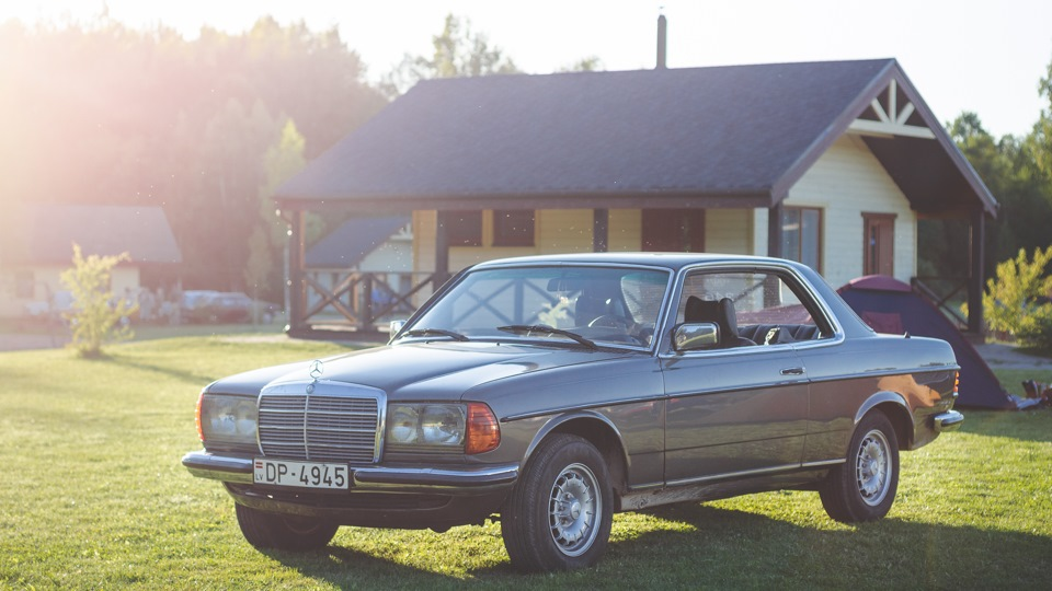Selling mercedes benz e class coupe 1979 gasoline manual for Mercedes benz c123 for sale