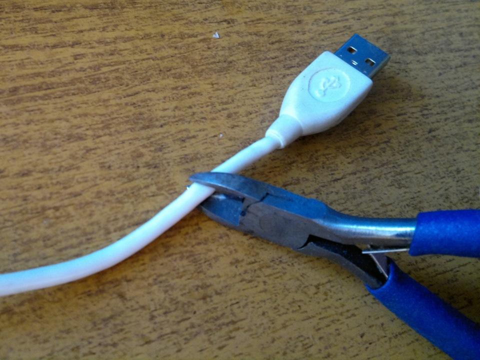 Как подключить usb флешку к магнитоле без usb своими руками
