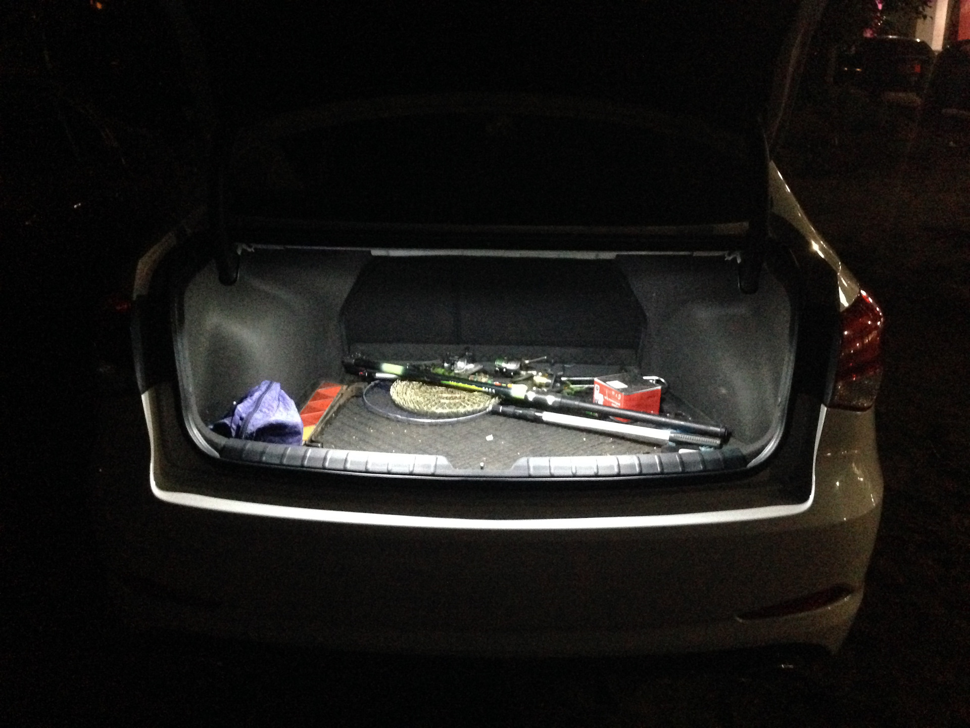 Установка дневных ходовых огней хендай i40 Покраска двери бмв f10