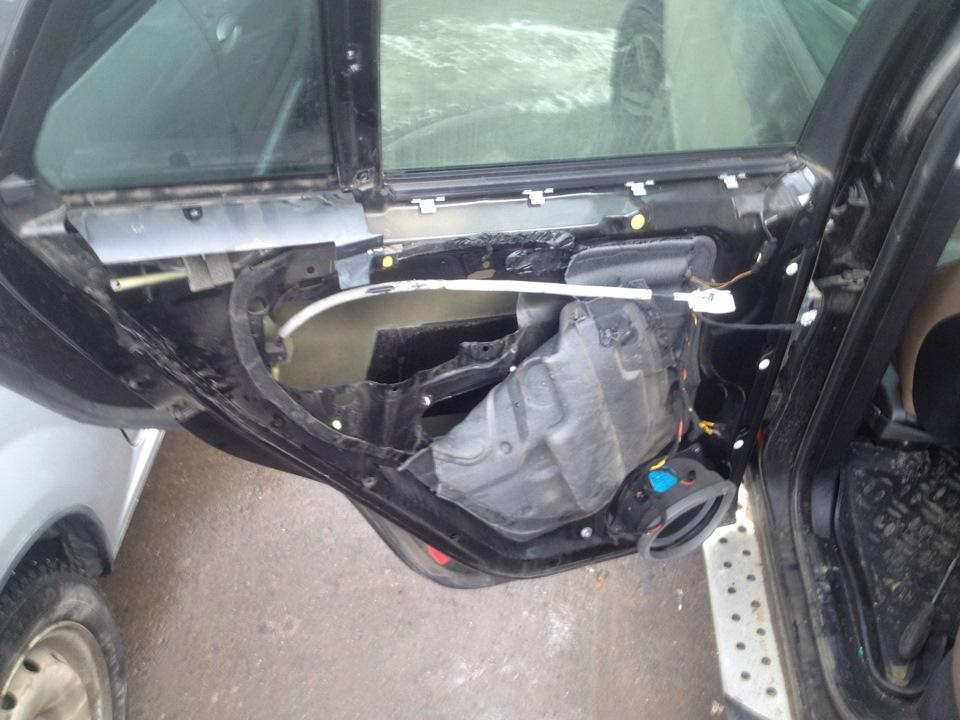 снять обшивку водительской двери bmw x5 53