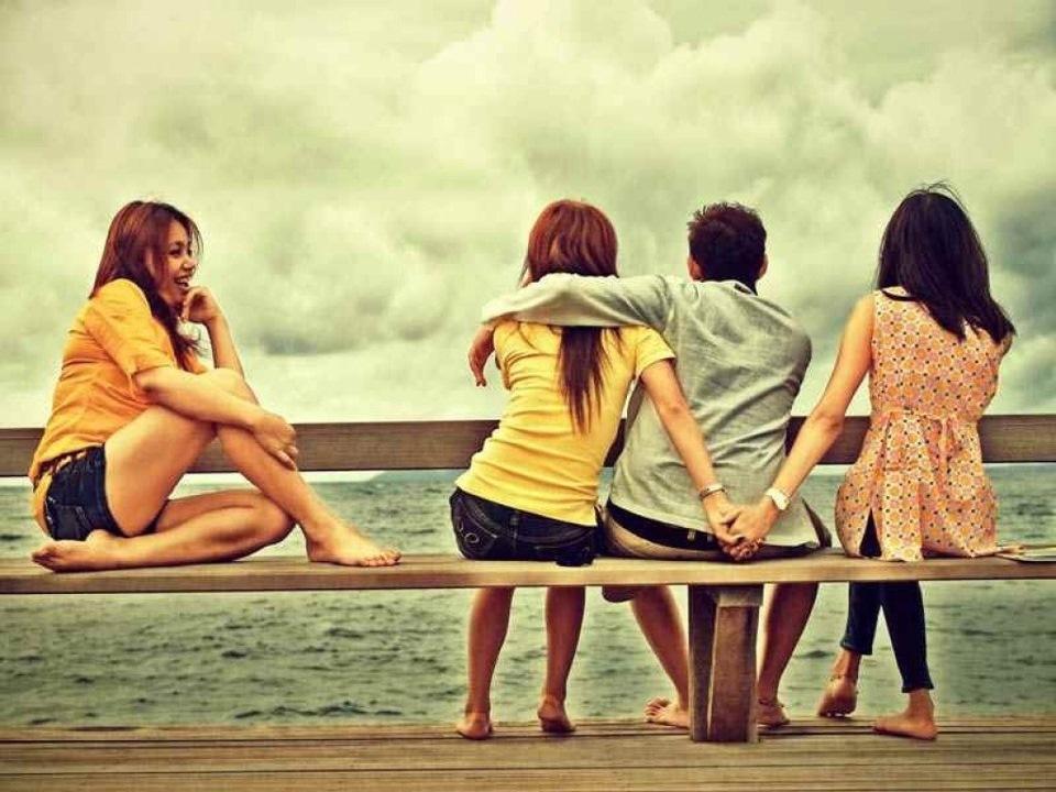 трое девушек и один парень - 9
