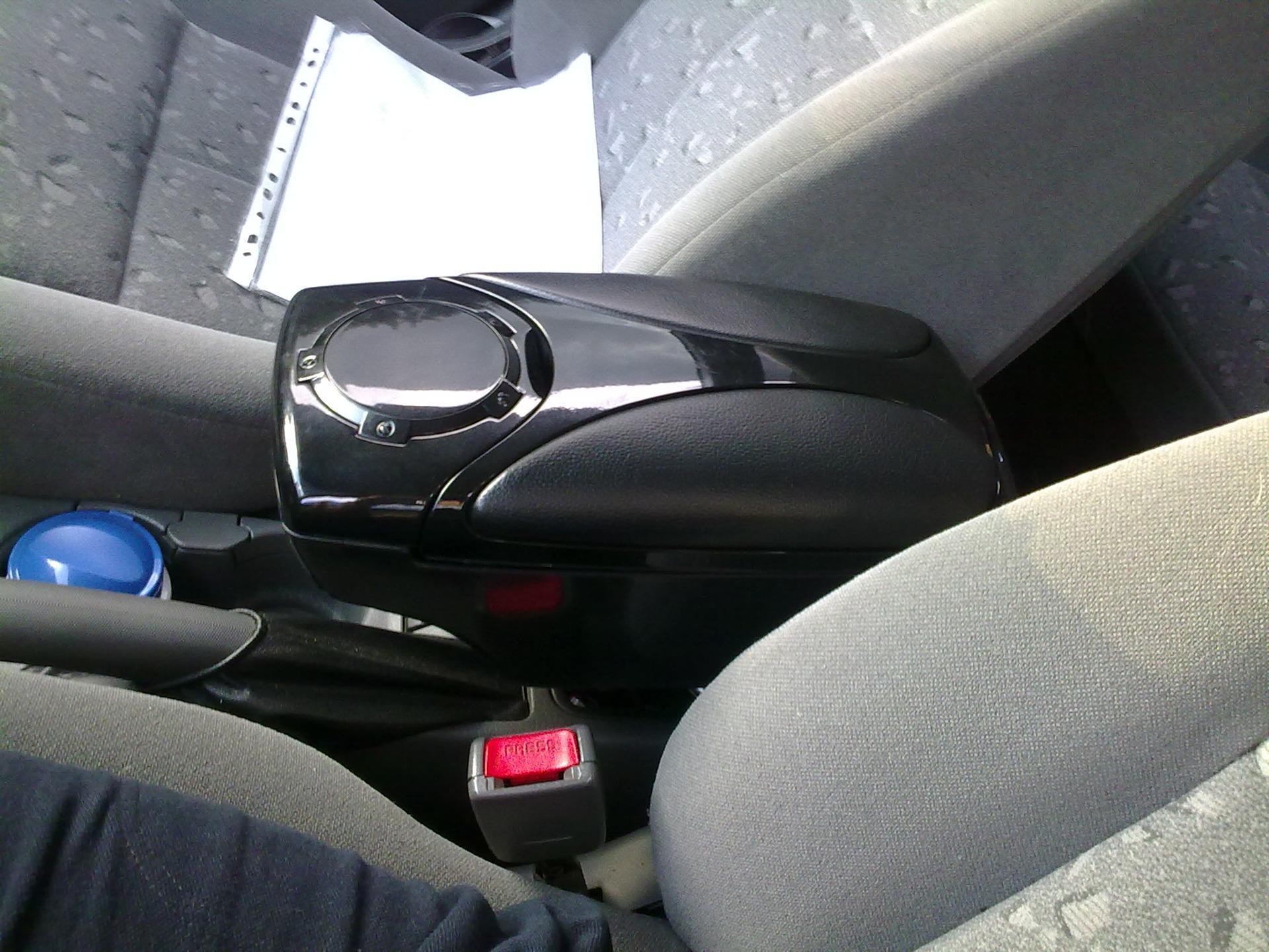 Подлокотники на автомобили своими руками