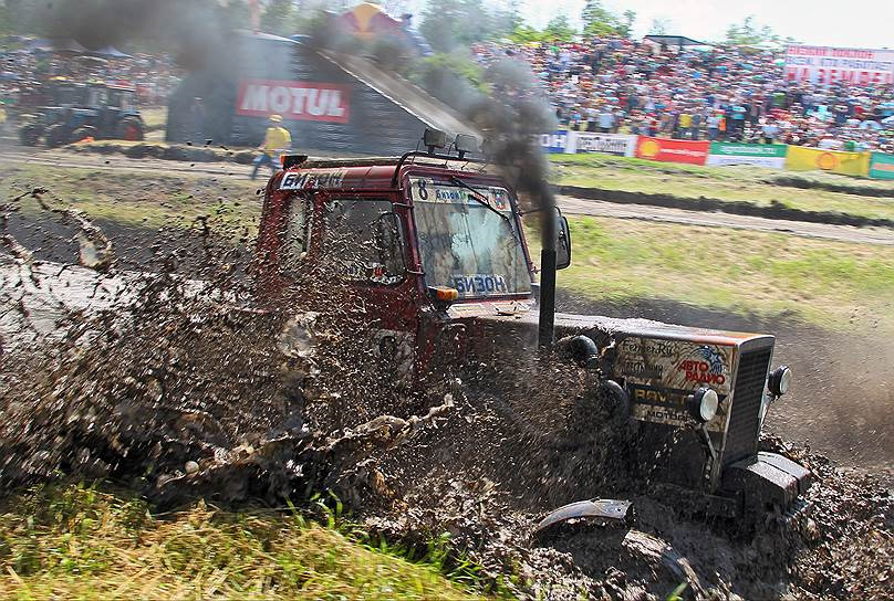 Гонки тракторов. Бизон-Трек-Шоу 2014! Турбина на МТЗ. МТЗ.