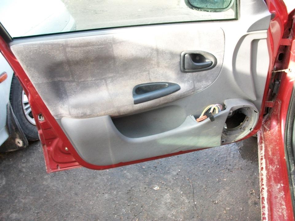 ремонт стекла на водительской двери renault clio