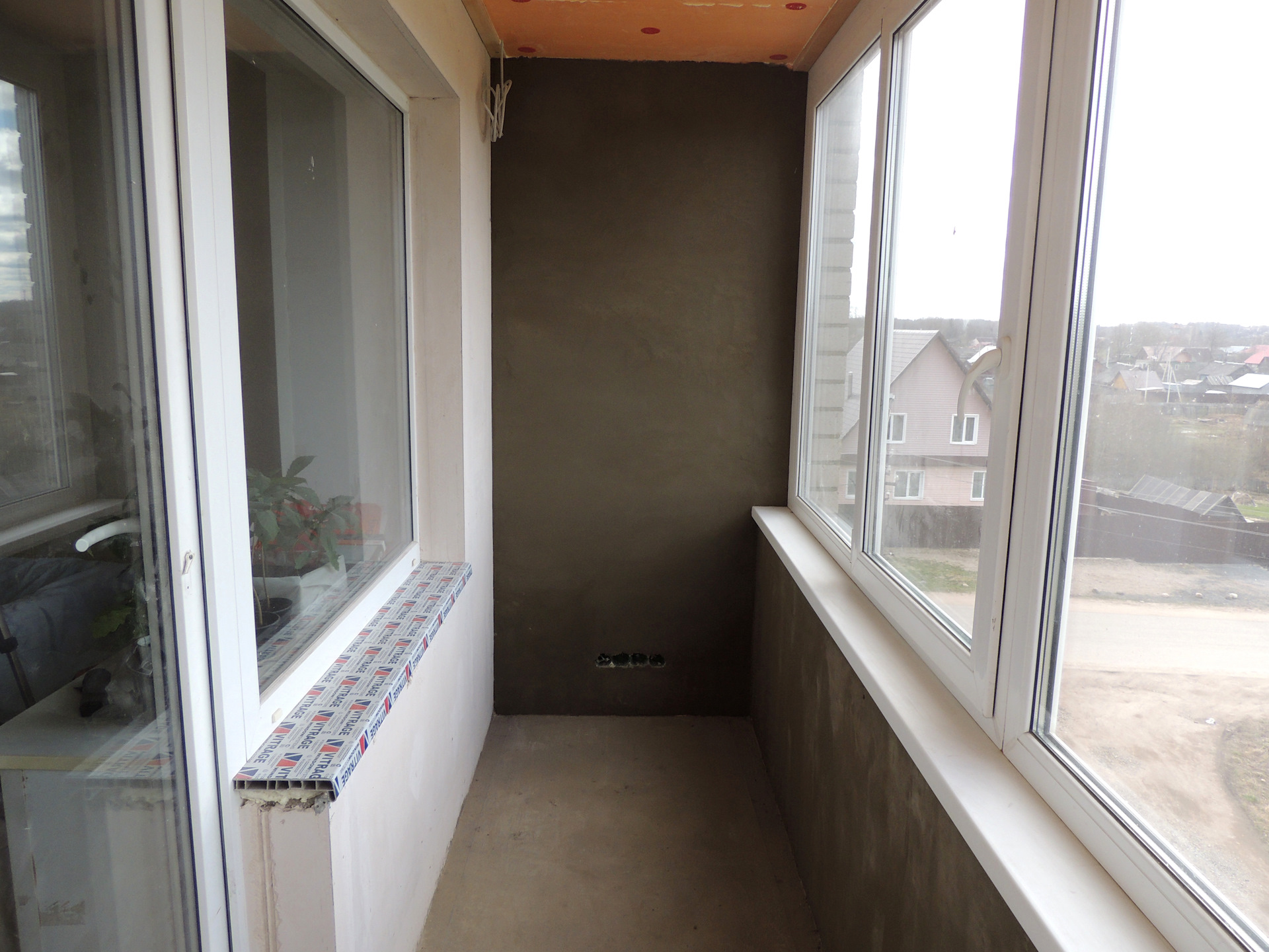"Утепление балкона. тёплый пол. структурная штукатурка ""корое."