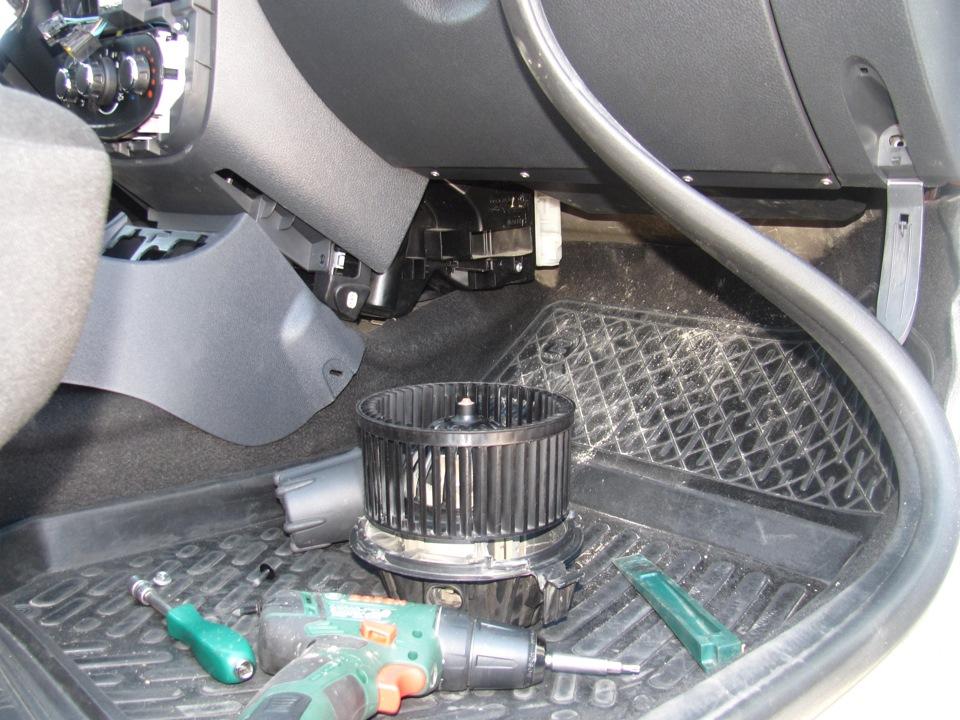 Замена вентилятора печки дастер 4 4 Сварка выпускного коллектора тойота ленд крузер 200