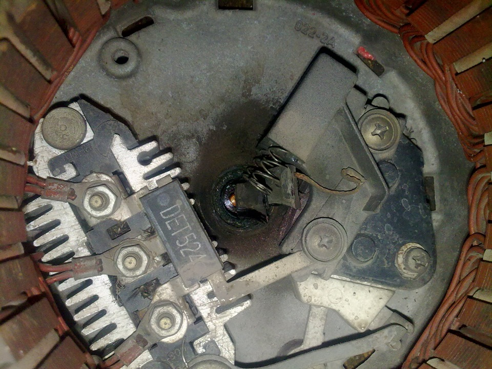 замена щеток на генераторе opel omega b