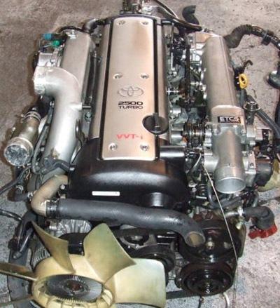 Двигатель стоит на автомобилях