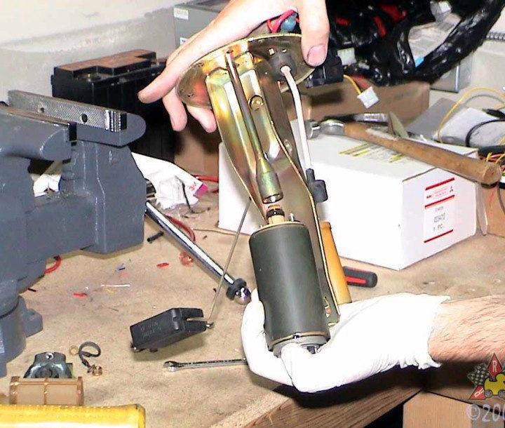 54d87fes 960 - Топливный насос работает но не качает бензин