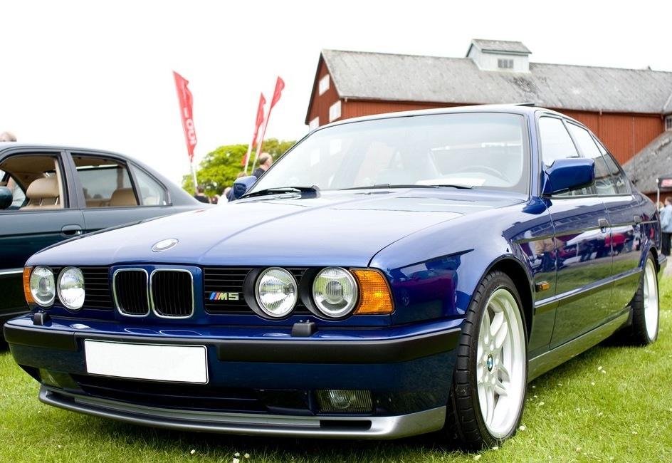 В данной статье речь пойдет о продукции немецкого автомобильного концерна BMW - автомобиле BMW 34 кузов седан.