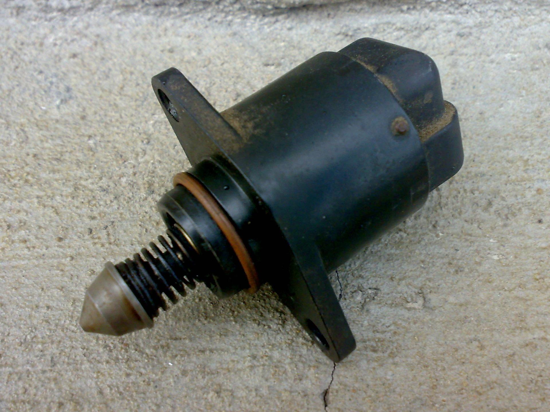 глохнет двигатель на светофоре опель 2001