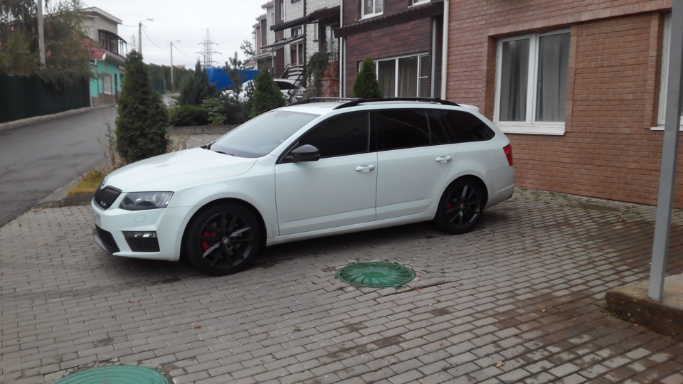 Wrs Logbook Skoda Octavia Combi Rs White Lazer 2014 On Drive2