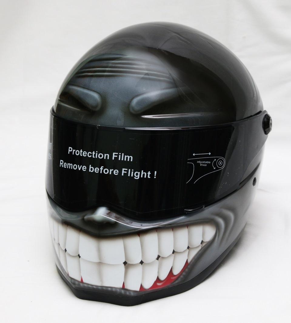 любом шлем с зубами фото числе жителей