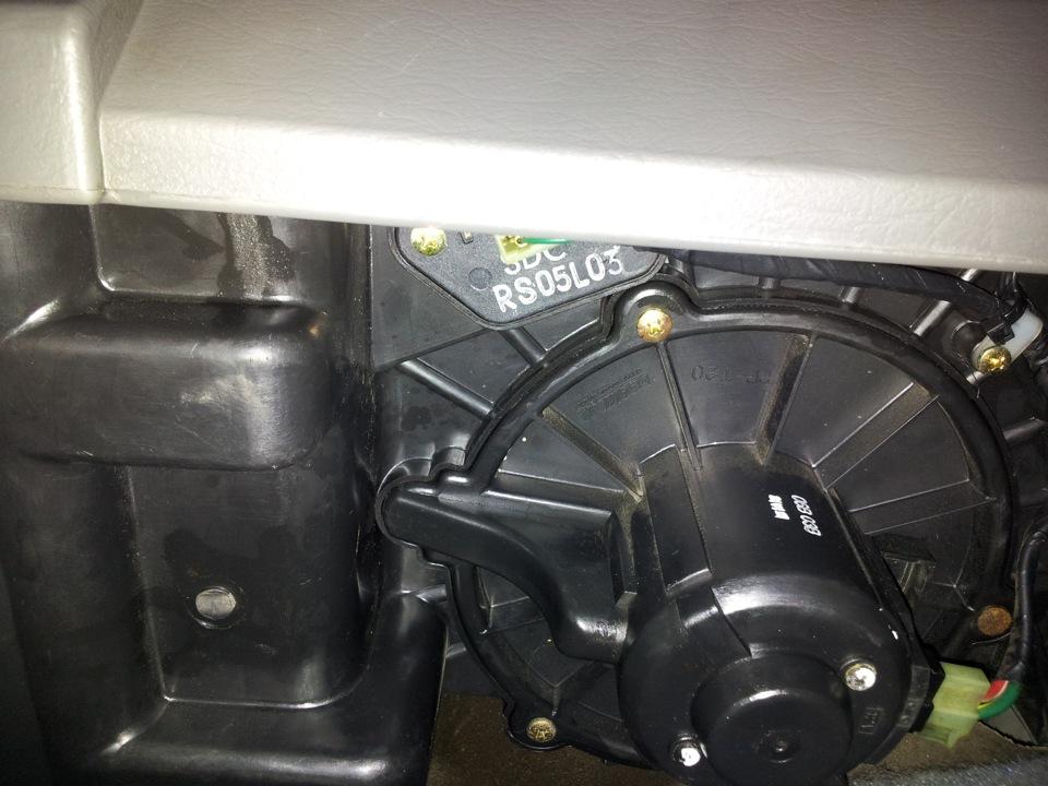 замена мотора печки ситроен с15