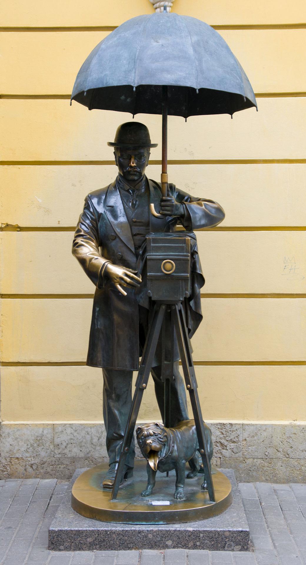 поражающей памятник фотографу санкт петербург лошади