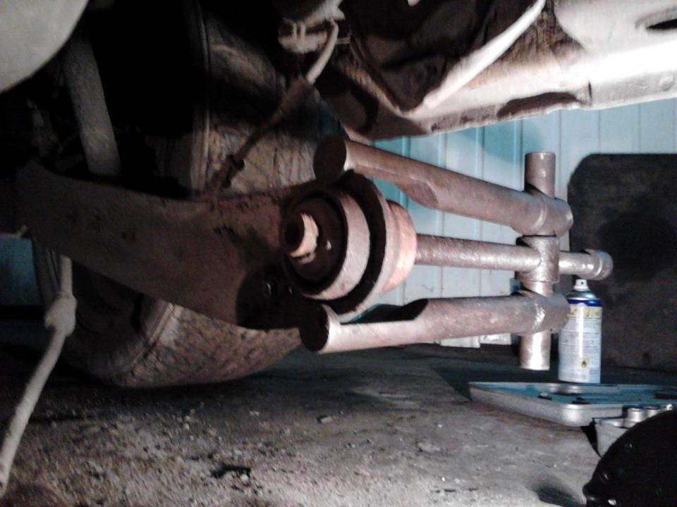 Замена сайлентблока передних рычагов ниссан своими руками 543