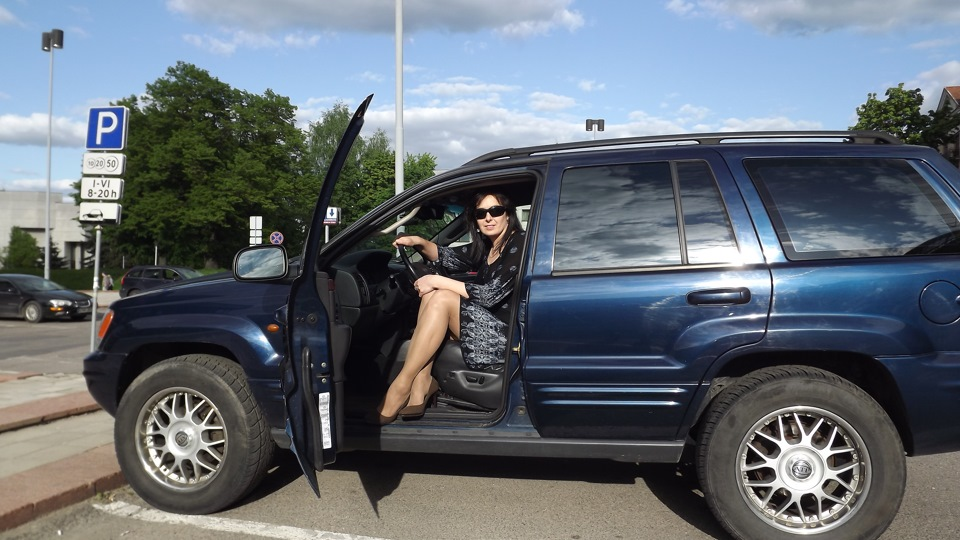 jeep grand cherokee 2 7 crd my blue monster drive2. Black Bedroom Furniture Sets. Home Design Ideas