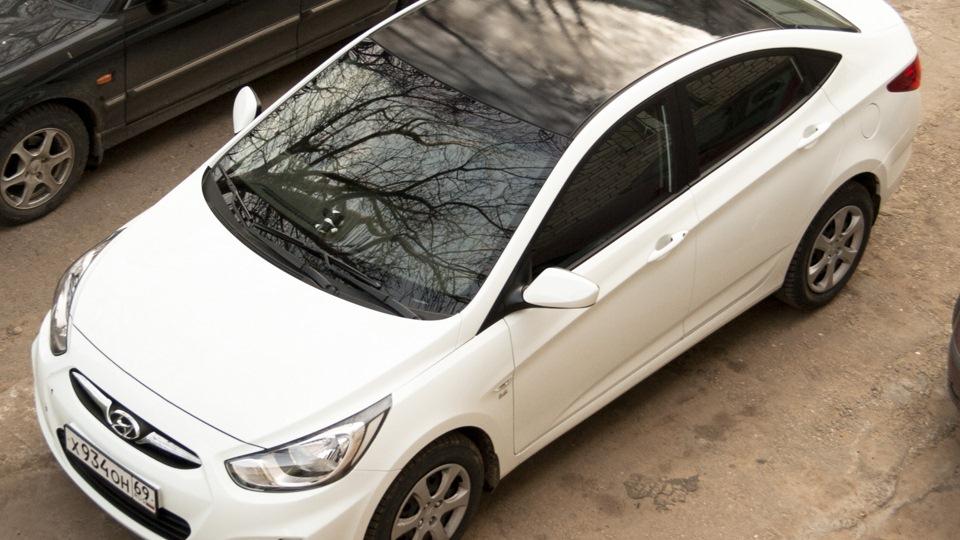 белый солярис с черной крышей фото