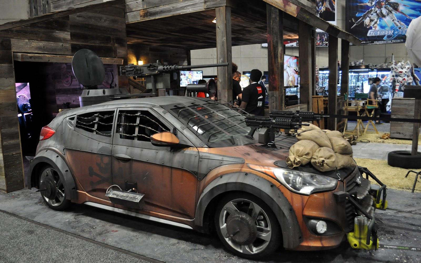 Veloster Zombie Survival Machine Apokaliptichnenko Comic Con 2013