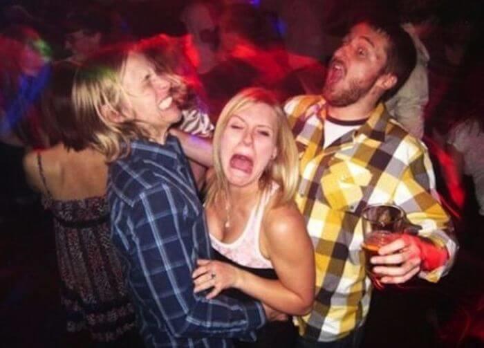Веселая дискотека с пьяными девушками — pic 7