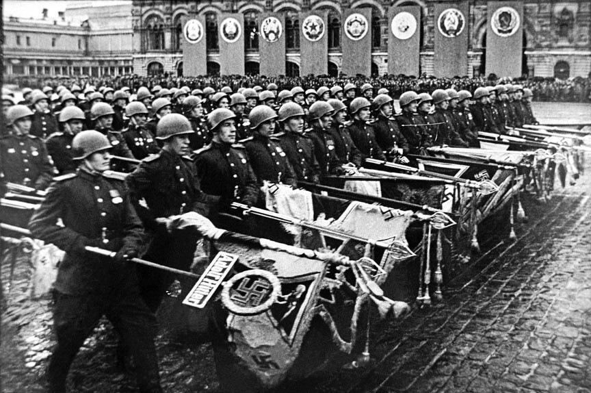 Дочь генерала рассказала, как отец участвовал в послевоенном параде Победы в Москве
