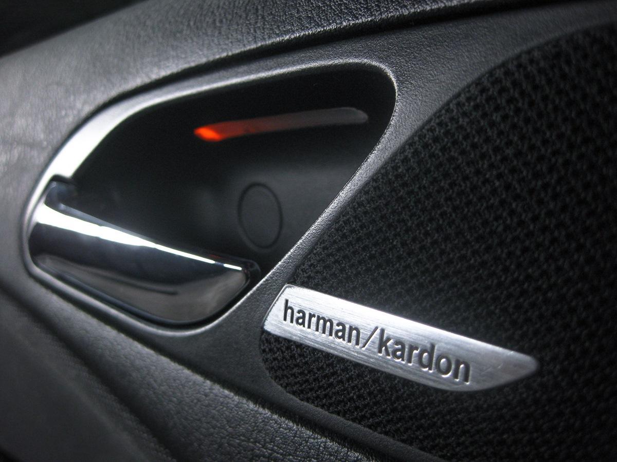 S674a дооснащение система Hifi Harmankardon Bmw 3 Series Coupe