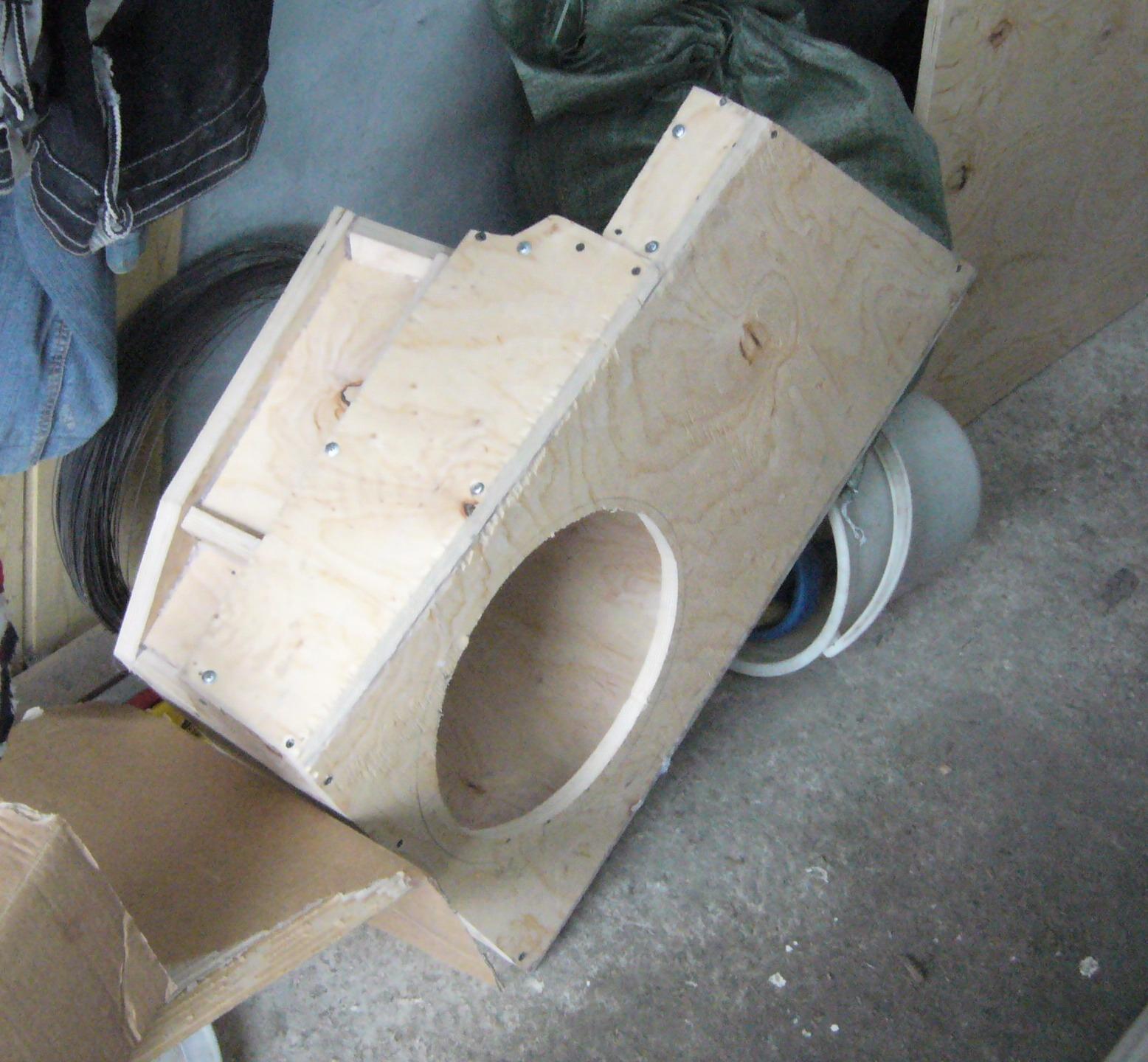 Ящик в багажник из фанеры своими руками