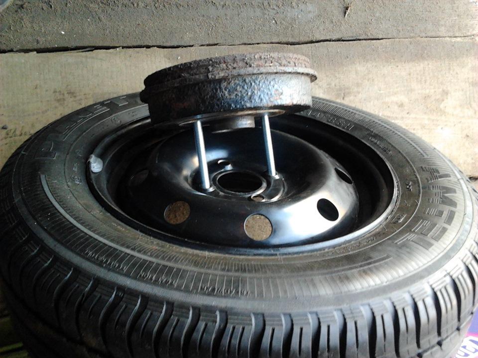 Замена задних тормозных колодок на Renault Logan: возможные проблемы