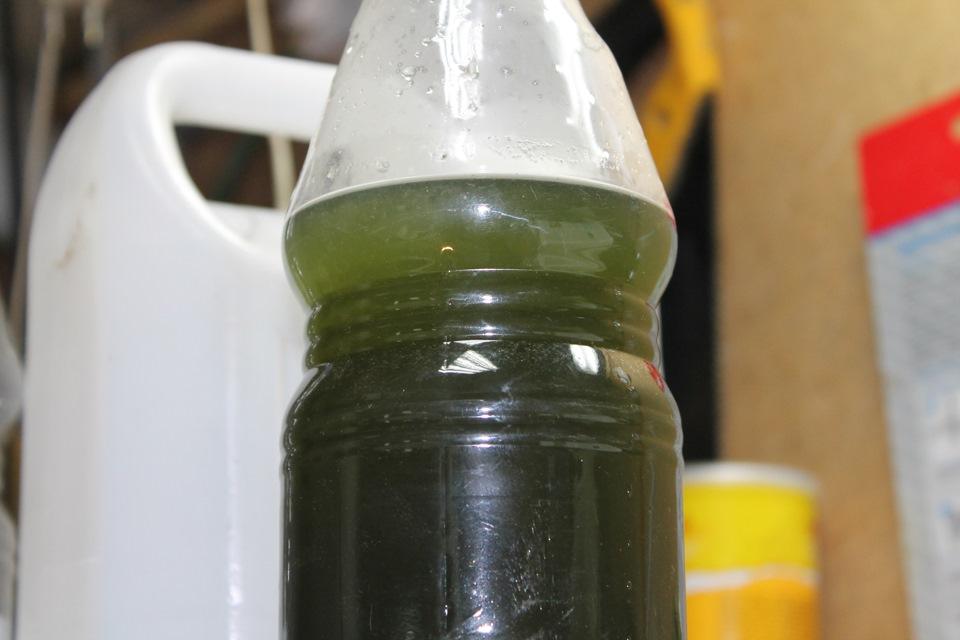 Замена охлаждающей жидкости на Приоре: подробная инструкция